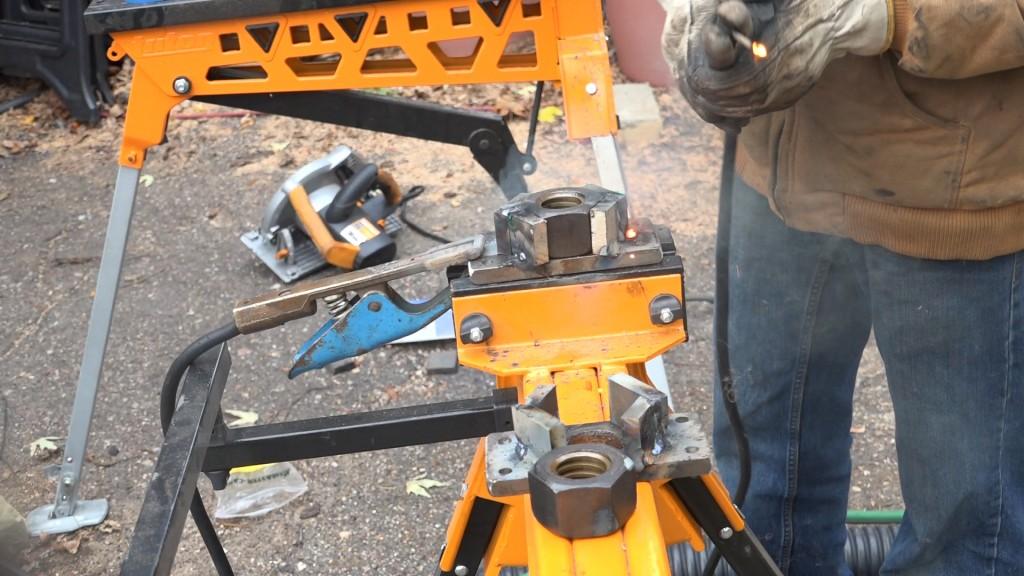 10-welded-nut-holder