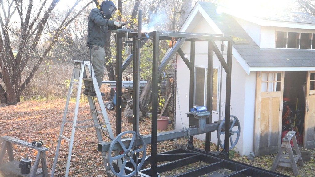 18-welding-on-the-mount