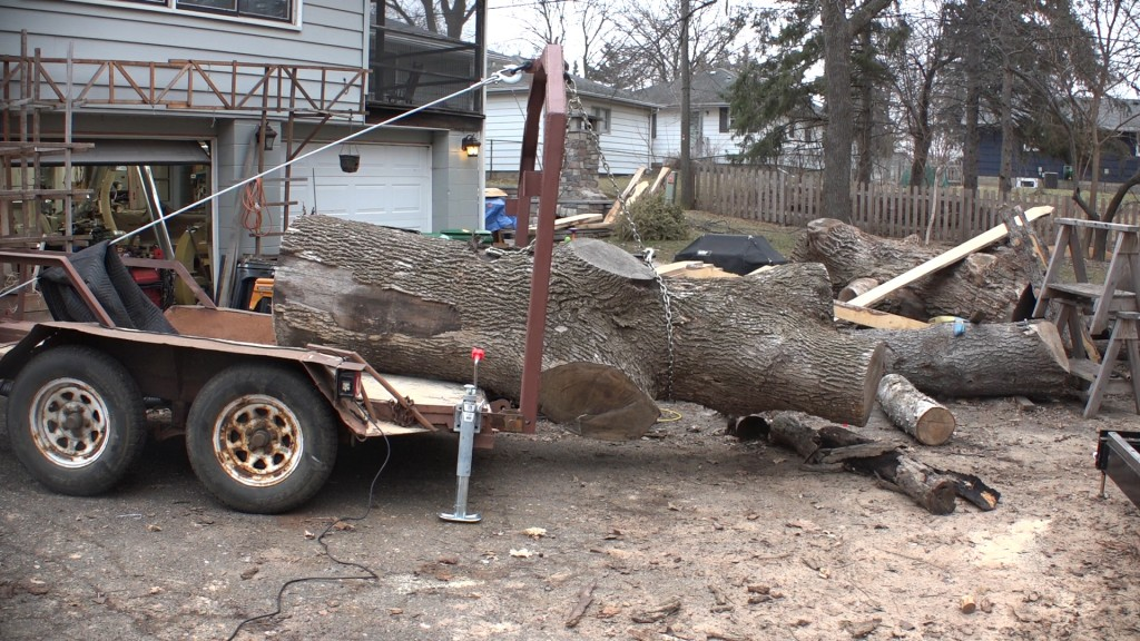 1 - Moving the log