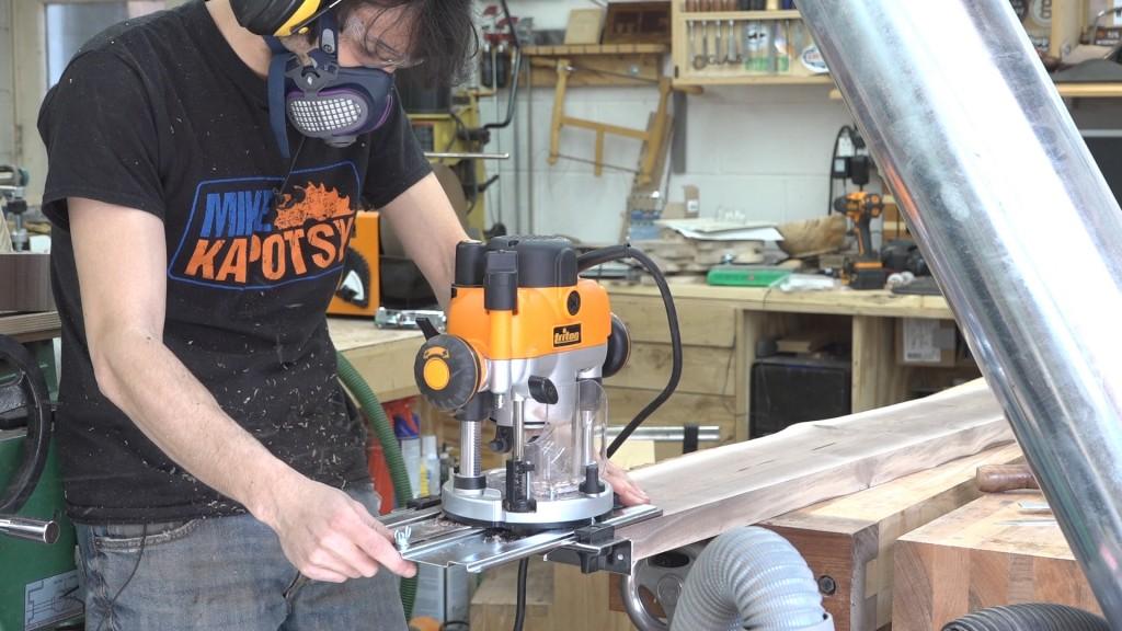 3 - cutting the stub tenons