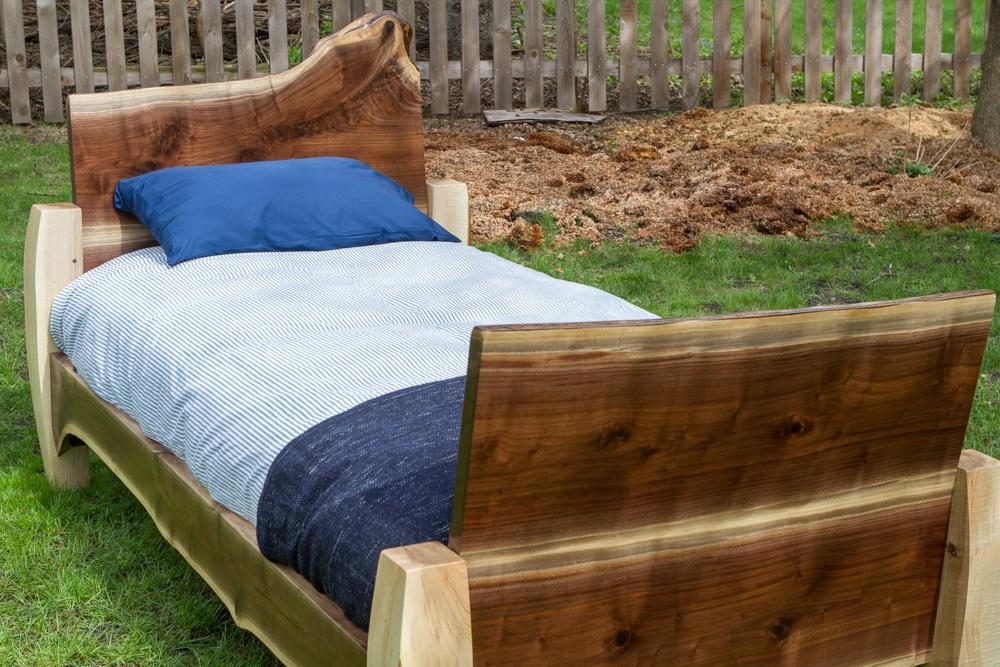 JRu0027s Bed