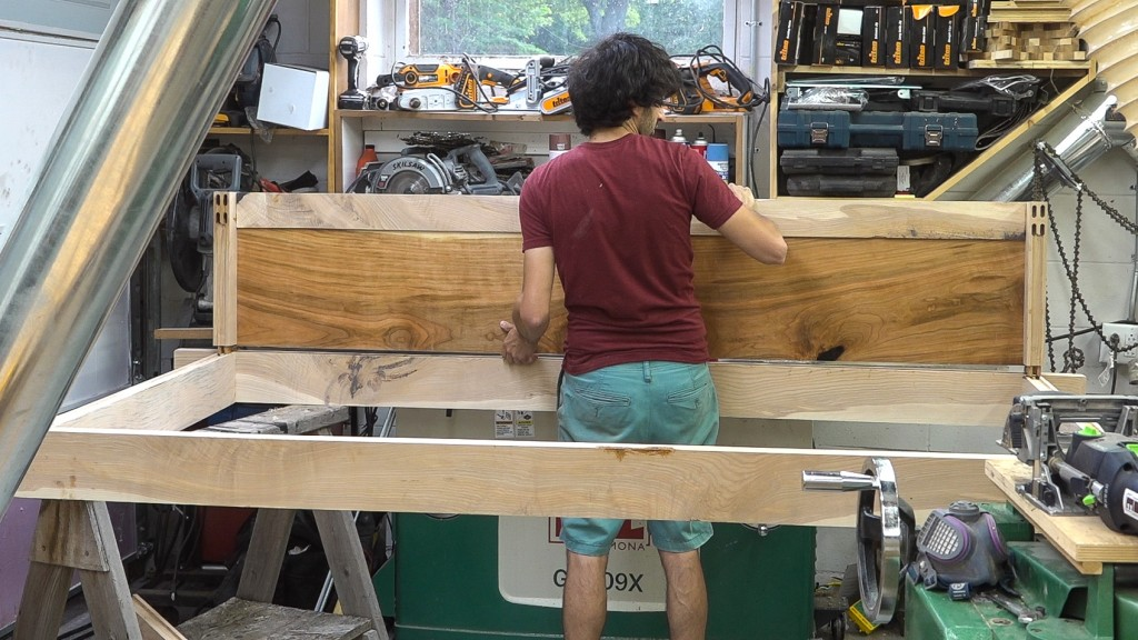 19 - glueing in the rear frame