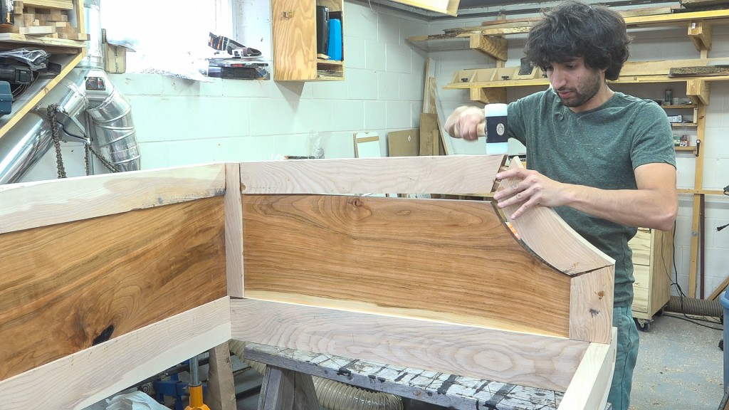20 - gluing in the sides