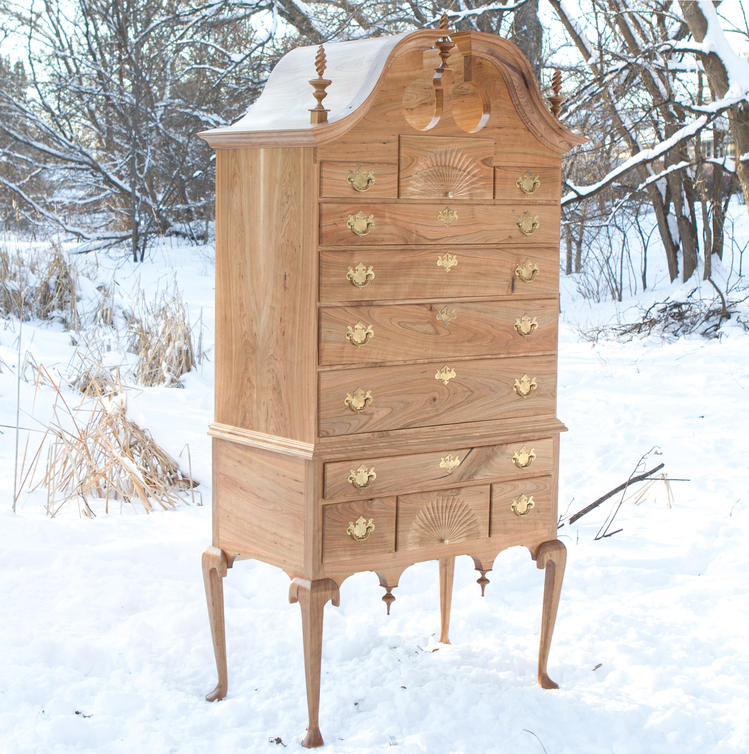 Merveilleux Queen Anne Highboy
